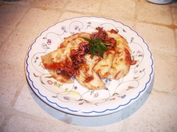 Ravioli Patate e Pecorino con Ragu di Moscardini