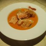 vellutata di peperoni alla paprika con salmone saporito