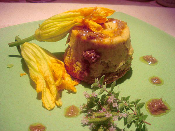 Sformatino di Zucchine, Ricotta di Bufala e Mandorle con Olio alle Acciughe