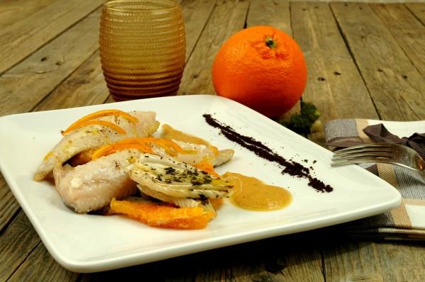 Gallinella glassata, emulsione e carpaccio tiepido di Finocchi e Arancia con polvere di Caffé 2