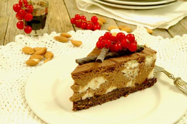 Cheesecake fredda al doppio cioccolato e frutti di bosco 2