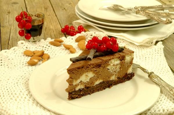 Cheesecake fredda al doppio cioccolato e frutti di bosco 3